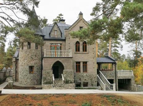 Замок 530 м.кв. Ирпень